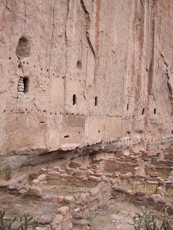Pueblo housing sites at Pajarito Plateau