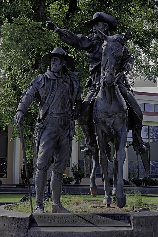 Governor Pedro de Peralta statue