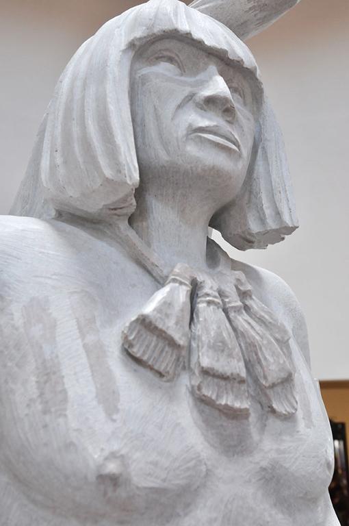 Po'pay statue