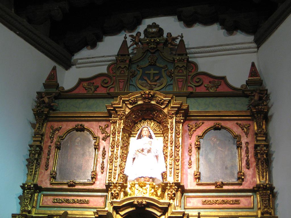 La Conquistadora wooden statue