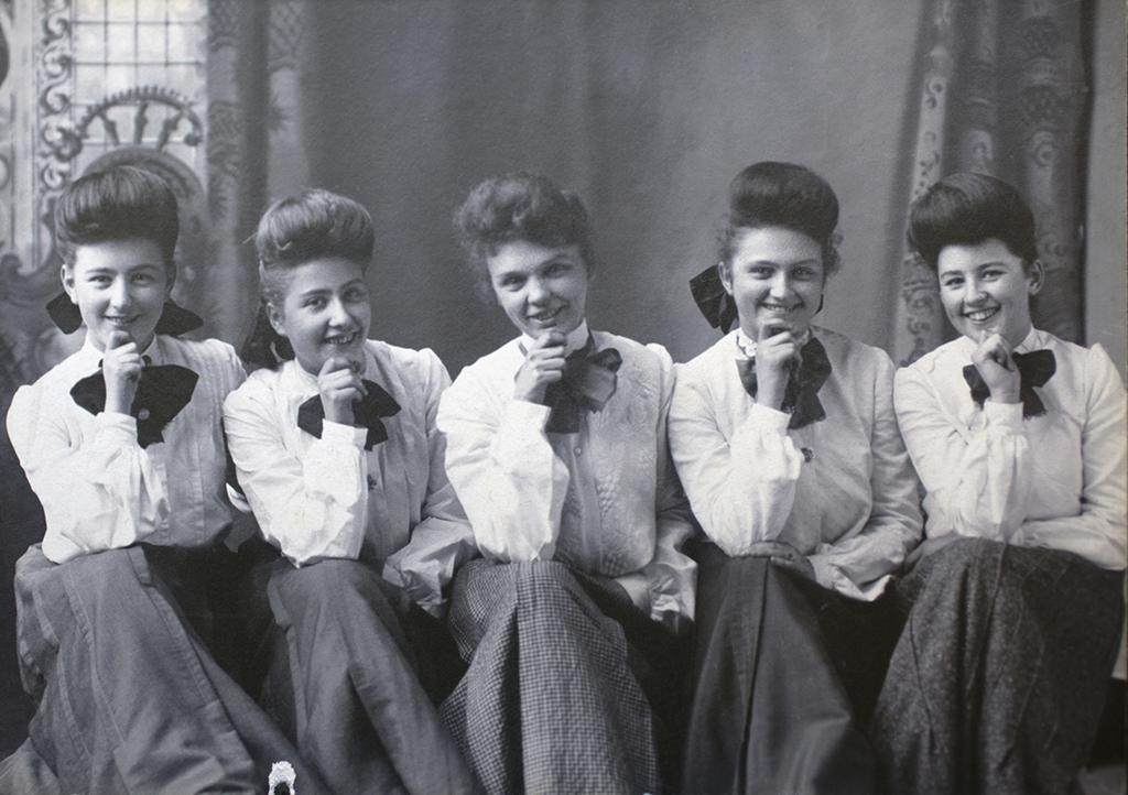 Group of Harvey Girls