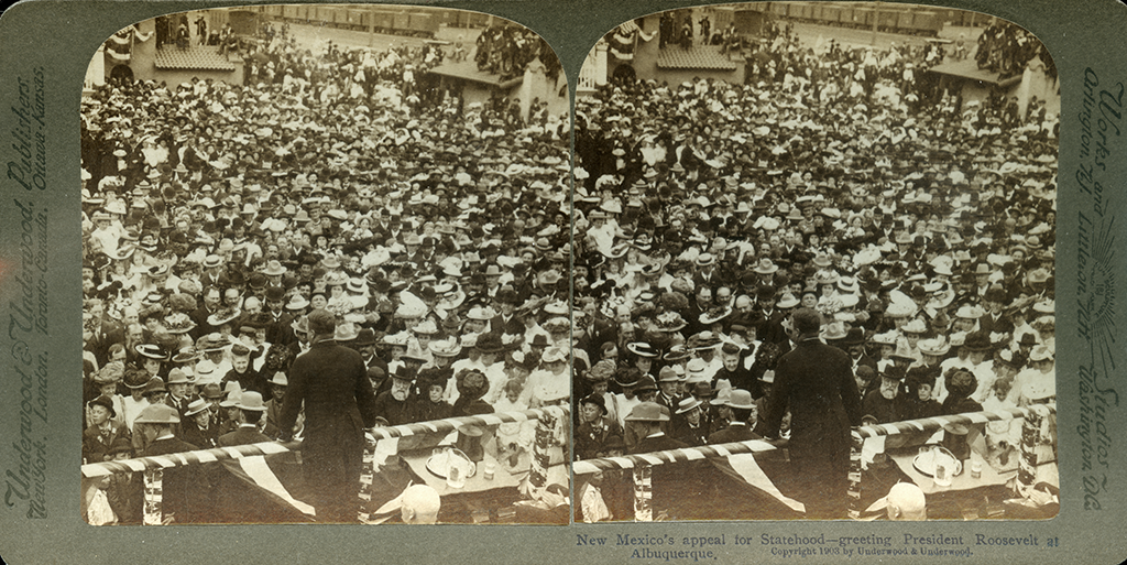 Albuquerque crowd that turned out for Roosevelt's 1903 visit to New Mexico in support of statehood
